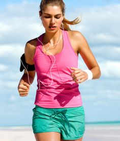 Love running or walking on the beach. Fitness Diet, Fitness Motivation, Health Fitness, Getting Back In Shape, Get In Shape, Personal Trainer, Running On The Beach, Running Workouts, Sporty Style