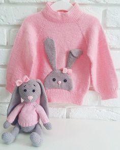 New baby boy toys dolls Ideas How To Start Knitting, Knitting For Kids, Baby Knitting Patterns, Knitting Projects, Baby Boy Toys, Baby Boy Gifts, Crochet Bunny, Knit Crochet, Pull Bebe