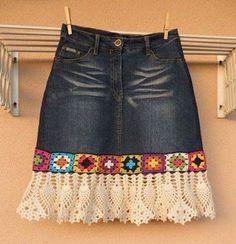 - Feli K - denim crochet skirt . denim crochet skirt Más Learn the basics of how to needlework (generic term), at the very first. If you're brand new to needlecra Crochet Skirts, Black Crochet Dress, Crochet Clothes, Crochet Lace, Crochet Edgings, Crochet Cardigan, Filet Crochet, Sewing Clothes, Artisanats Denim