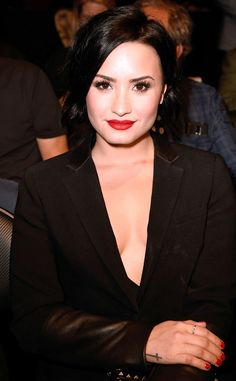 Demi Lovato with a blemish? Never! Here's how celebs take care of problem areas fast.