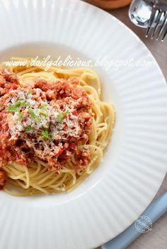 dailydelicious: Happy Cooking with LG SolarDom: Spaghetti meat sauce