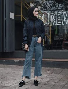 Ideas Fashion Hijab Casual Jeans Chic For 2019 – Hijab Fashion 2020 Hijab Chic, Hijab Casual, Hijab Style, Casual Jeans, Jeans Style, Ootd Hijab, Hijab Fashion Casual, Street Hijab Fashion, Muslim Fashion