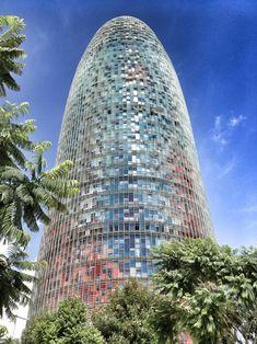The amazing and well known Agbar tower of Barcelona by Jean Novel   De futuristische Agbartoren aan de Plaça de les Glòries met een adembenemend zicht op Barcelona