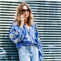 I just adore this look ♡ Vitakin embroided blouse Folk Fashion, Denim Fashion, Tunic Blouse, Ruffle Blouse, Street Chic, Street Style, E Mc2, Embroidered Tunic, Coat