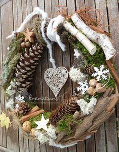 **♥ Ein zauberhafter großer Türkranz für Naturherzen mit einem Hauch Nostalgie...♥**  _Wunderschön zur Weihnachts- und Winterzeit  _   Durchmesser ca 42cm  **♥ LANDHAUS ♥ SHABBY ♥ TÜRKRANZ ♥...