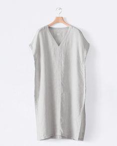 ea7864aa866b3 Image of Relaxed linen tunic Diy Fashion No Sew, Fashion Sewing, Womens  Linen Clothing