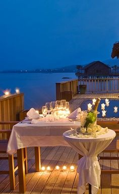 Romantic Dining, Vedana Lagoon Resort & Spa, Vietnam