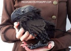 Fantasy | Whimsical | Strange | Mythical | Creative | Creatures | Dolls | Sculptures | Raven sculpture by Miss Monster.