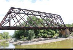 How come nobody makes a Quadrangular truss?