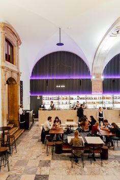 The cocktail bar at Palácio Chiado, Lisbon • Architect Frederico Valsassina • Interior designer Catarina Cabral • Photo © Palacio Chiado 2016