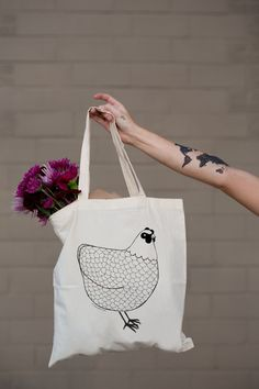 Chicken Tote Bag by Gingiber by Gingiber on Etsy Library Bag, Kids Library, Fabric Bags, Reusable Bags, Cotton Tote Bags, Screen Printing, Etsy, Gifts For Her, Prints