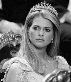 Princess Madeleine when she had blonde hair, wearing the modern fringe tiara
