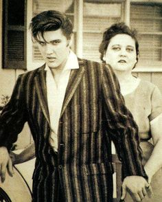 Elvis & his mother Gladys