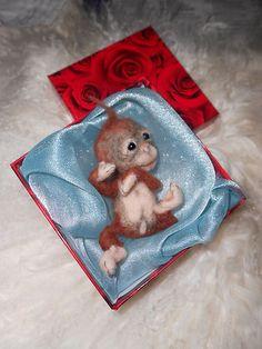 Ooak-Needle-Felted-Newborn-Baby-Monkey-Sculpt-doll-by-Patti-M-doll-bear-clay
