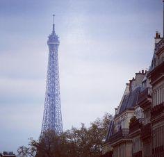 Paris França. #paris #france #europe #europa #eurotrip #turistando #tourist #turismo #ferias #viagem #viaje #viajar #trip #travel #followme #photooftheday #foto #picture #brasileirospelomundo #patriciaviaja #city #eifeltower #toureiffel