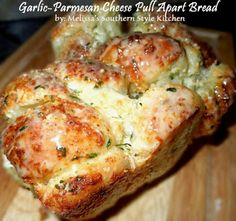 Melissa's Southern Style Kitchen: Garlic-Parmesan Cheese Pull Apart Bread [Using Rhodes Frozen Yeast Rolls]
