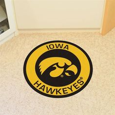 Round University of Iowa Hawkeyes Floor Rug