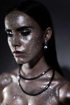 Shimmering Cosmetic Closeup - (TrendHunter.com)