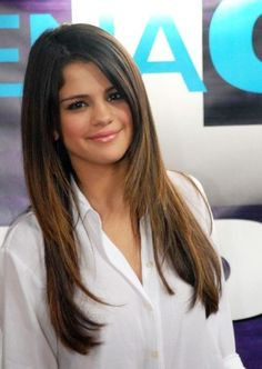 More Pics of Selena Gomez Long Straight Cut Face Shape Hairstyles, Down Hairstyles, Straight Hairstyles, Brunette Hairstyles, Hairdos, Long Hair Wedding Styles, Wedding Hairstyles For Long Hair, Long Hair Styles, Selena Gomez Haircut
