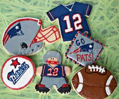 New England Patriots Cookies! - We couldn't find instructions but we hope the visual helps you to get creative.