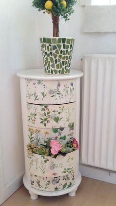 DIY - decopage - old furniture -