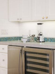 Don't like the colors at all, but this is the general concept.    Contemporary Kitchen Backsplash Design, Pictures, Remodel, Decor and Ideas - page 5