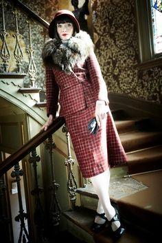 1920s phryne fisher essie davis miss fisher s murder mysteries i want ...