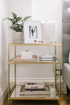 35 Popular Bedside Table Ideas To Beautify Your Bedroom - Believe it or not there are numerous things to consider when purchasing a bedside table, but you don't have to be a realist. You may need to be a litt. Home Bedroom, Master Bedroom, Bedroom Decor, Bedrooms, Bedroom Sets, Loft, Love Your Home, My New Room, Storage Spaces