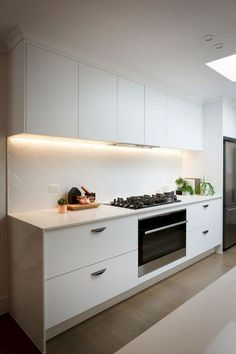 Innovative White Kitchen Cabinet Design Ideas - Page 59 of 82 Kitchen Sets, Diy Kitchen, Kitchen Decor, Kitchen Lamps, Kitchen Paint, Kitchen Tiles, White Kitchen Cabinets, Kitchen Cabinet Design, Kitchen Designs