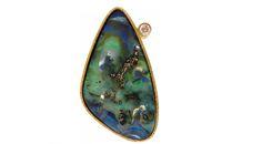 Colgante ópalo boulder australiano y diamante talla brillante en oro amarillo