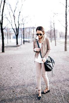 Jacket: All Saints Jeans: Civvy Shop Top: Aeropostale Shoes: TopShop Bag: Balenciaga Sunglasses: Urban Outfitters