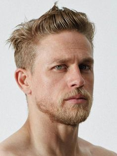 23 Sexy Summer Hairstyles For Blonde Guys - Dark Blonde Hair Dark Blonde Hair, Blonde Guys, Men With Blonde Hair, Jax Teller Haircut, Glam Look, Charlie Hunnam, Haircuts For Men, Bearded Men, Gorgeous Men
