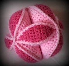 Amish Puzzle Ball Crochet Pattern pattern