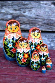 A set of seven matryoshkas – Russian nesting dolls. #Russian #folk #art #matryoshka