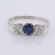 http://www.farringdonsjewellery.com/hikashop-menu-for-module-22/product/467-blue-sapphire-diamond-trilogy-ring-platinum/category_pathway-27