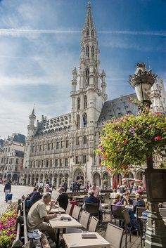 Grand Place, Brussels, Belgium (by Eddie Gittins). The building is known as Hotel de Ville. Places Around The World, Oh The Places You'll Go, Travel Around The World, Great Places, Places To Travel, Beautiful Places, Places To Visit, Around The Worlds, Bósnia E Herzegovina