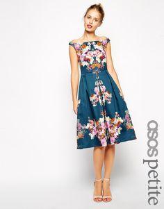 ASOS Petite | ASOS PETITE - Robe mi-longue à fleurs d'hiver style vintage et encolure Bardot chez ASOS