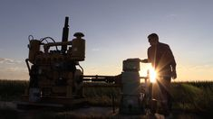 In this documentary, USA TODAY and The Desert Sun investigate the consequences of this emerging crisis in several of the world's hotspots of groundwater depl. Asparagus Farm, Places Around The World, Around The Worlds, Desert Sun, World Water, Dry Well, Big Oil, Environmental Issues