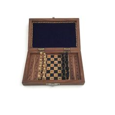 Wooden travel chess set perfect for the chess addict!  Study your variants while…