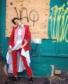 ManRepeller - holiday party outfits: the lady suit ❈ Long Shirt-Dress inspiration Holiday Party Outfit, Party Outfits, Leandra Medine, Man Repeller, Long Shirt Dress, Fashion Outfits, Womens Fashion, Suits For Women, Passion For Fashion