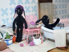 zajačička černošková Hanging Chair, Ale, Furniture, Home Decor, Decoration Home, Hanging Chair Stand, Room Decor, Ale Beer, Home Furnishings