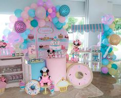 Candy Theme Birthday Party, Birthday Parties, Disney Balloons, Minnie Mouse First Birthday, Donut Party, Ice Cream Party, Candyland, Party Planning, First Birthdays