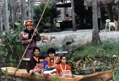Seminole Chairman James E. Billie and Family: Florida, December 1985 Seminole Indians, American Indians, Old Florida, South Florida, Seminole Florida, Irish Celtic, Sunshine State, Camping Life, Poses