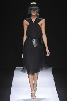 Chadwick Bell Spring 2013 Ready-to-Wear Collection Photos - Vogue
