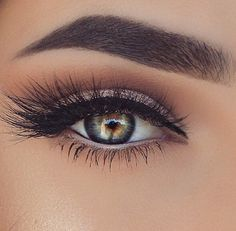 These lashes!