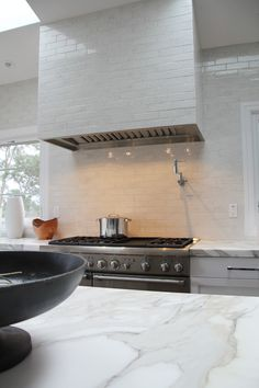 Beautiful Kitchen Backsplash with marble countertops | Bay Area Classic Tile