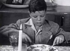 5 Thanksgiving Traditions to Pass Along to Your Son