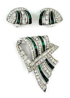 1950s-Boucher-VINTAGE-CLEAR-GREEN-RHINESTONES-PIN-BROOCH-5495-EARRING-5492