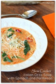 Slow Cooker Italian Orzo Soup with Spinach and Parmesan - vegetarian and healthy!