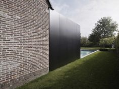 Old and new.  House DS / GRAUX & BAEYENS architecten